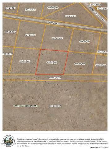 28240 W Ironwood Drive, Seligman, AZ 86337 (#1028385) :: HYLAND/SCHNEIDER TEAM