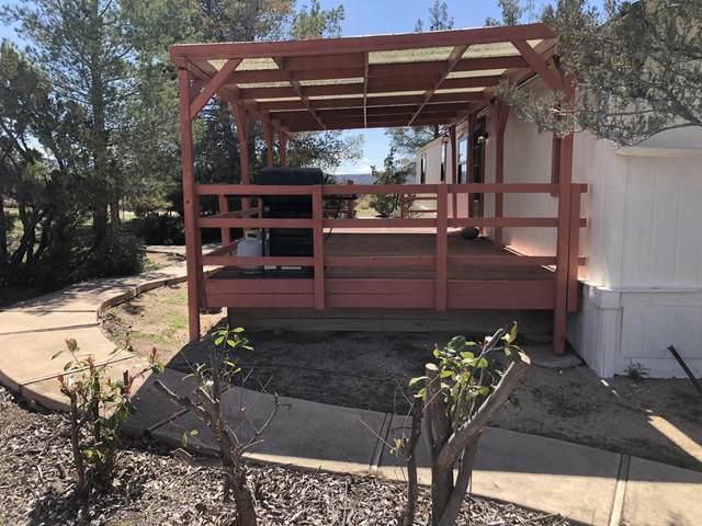 3570 S Iron Horse Road, Kirkland, AZ 86332 (#1028715) :: HYLAND/SCHNEIDER TEAM