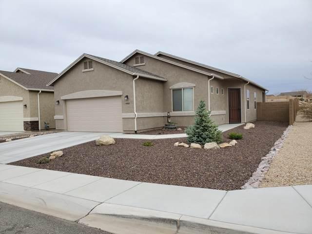 4668 N Salem Place, Prescott Valley, AZ 86314 (#1028730) :: HYLAND/SCHNEIDER TEAM