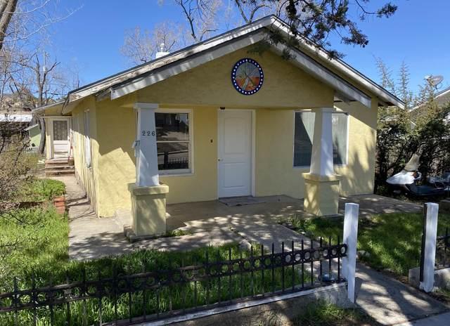 226 N Summit Avenue, Prescott, AZ 86301 (#1028758) :: HYLAND/SCHNEIDER TEAM