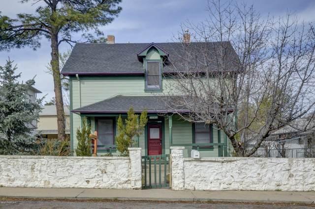 114 N Willow Street, Prescott, AZ 86305 (#1028788) :: HYLAND/SCHNEIDER TEAM