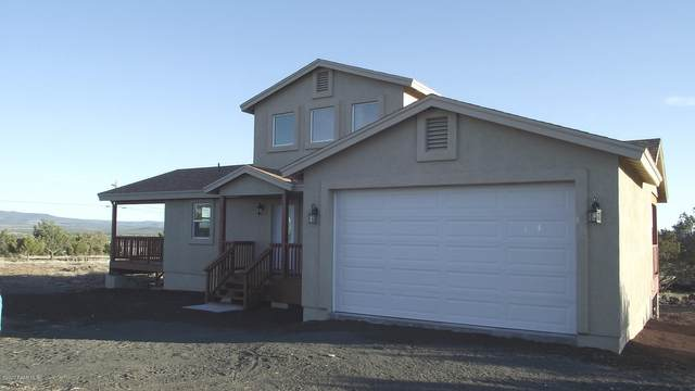 2026 W Herman Road, Ash Fork, AZ 86320 (#1028855) :: HYLAND/SCHNEIDER TEAM