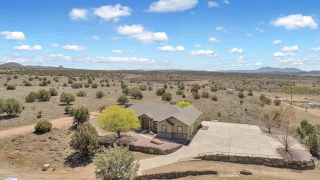 1057 E Trev View Trail, Paulden, AZ 86334 (#1028911) :: Shelly Watne
