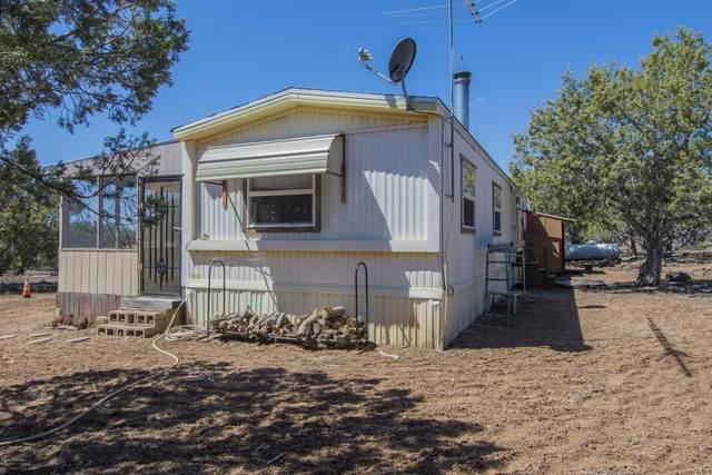 16727 Beale Wagon Road, Seligman, AZ 86337 (#1028951) :: HYLAND/SCHNEIDER TEAM