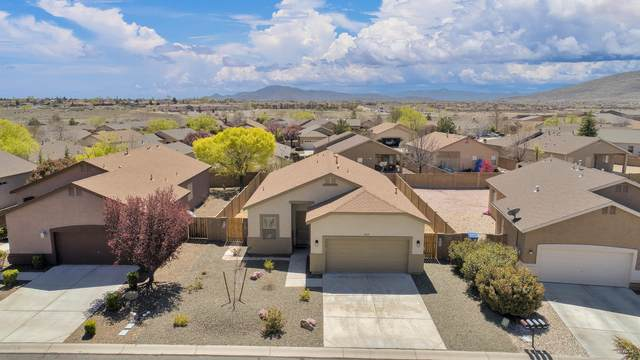 6869 E Yellowglen Drive, Prescott Valley, AZ 86314 (#1028957) :: Shelly Watne