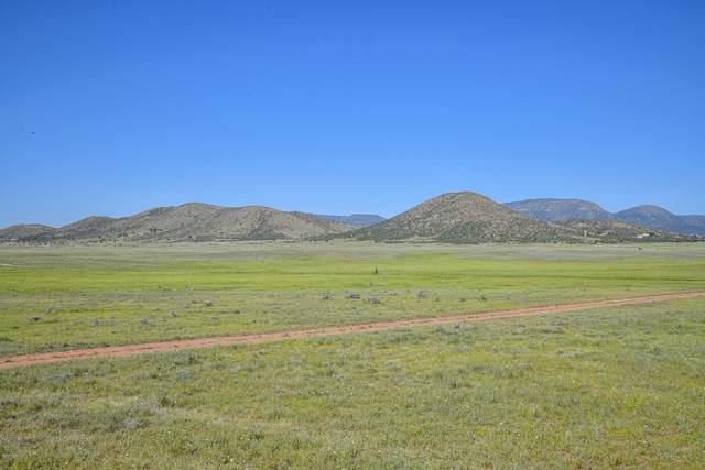 0 8ac Rising Moon Way, Prescott Valley, AZ 86315 (#1029536) :: West USA Realty of Prescott