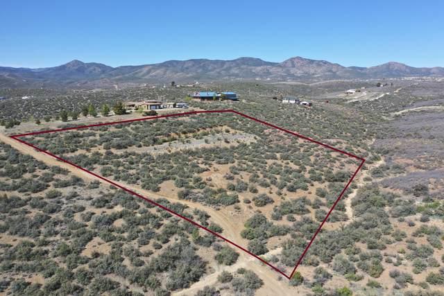 1470 S Stumps Road, Dewey-Humboldt, AZ 86327 (#1029671) :: Shelly Watne