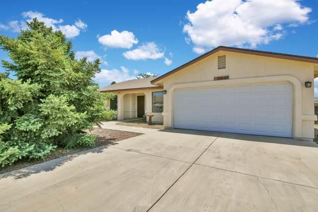 3884 N Dale Drive, Prescott Valley, AZ 86314 (#1030184) :: Shelly Watne