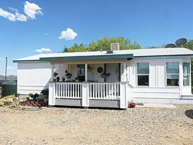 11035 E Henderson Road, Dewey-Humboldt, AZ 86327 (#1030225) :: Shelly Watne