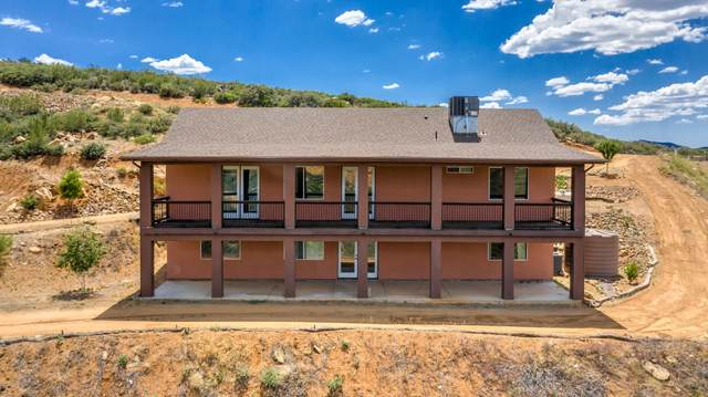 279 S Freedom Hill Way, Dewey-Humboldt, AZ 86327 (#1030295) :: Shelly Watne