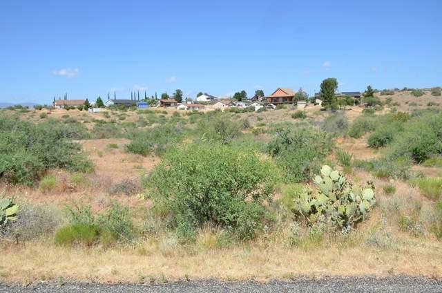 13778 S Bluebird Lane, Mayer, AZ 86333 (#1030339) :: Shelly Watne