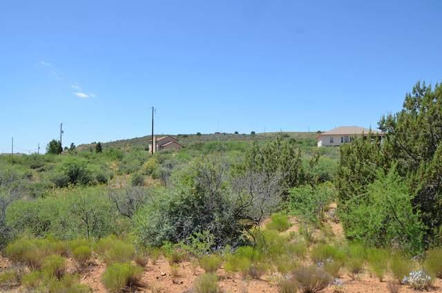 19583 E Chaparral Drive, Mayer, AZ 86333 (#1030342) :: Shelly Watne