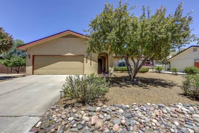 10838 E Oxbow Drive, Dewey-Humboldt, AZ 86327 (#1030626) :: Shelly Watne