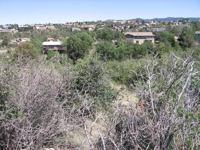 2265 Sandia Drive, Prescott, AZ 86301 (#1030662) :: Shelly Watne