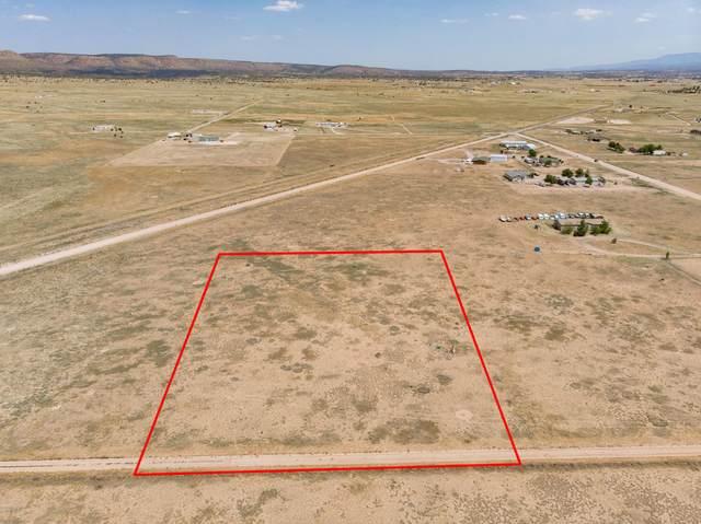 3930 W Harvest - (Lot 1) Way, Paulden, AZ 86334 (#1031851) :: West USA Realty of Prescott