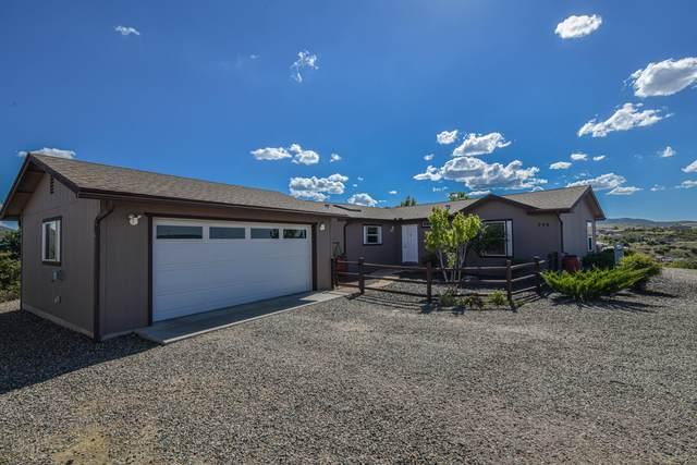 240 S Brookstone Drive, Dewey-Humboldt, AZ 86327 (#1031900) :: West USA Realty of Prescott