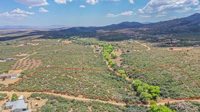0 E Lions Crossing Rd, Dewey-Humboldt, AZ 86327 (MLS #1031987) :: Conway Real Estate