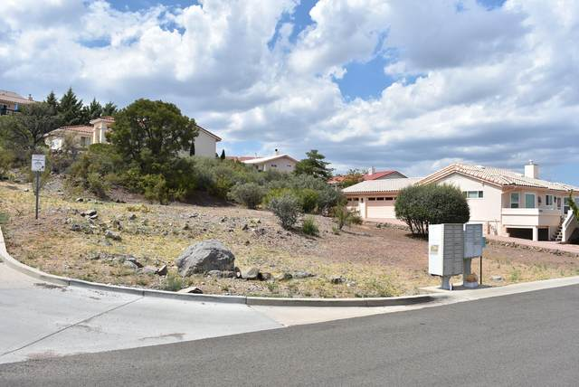 1966 St James Place, Prescott, AZ 86301 (#1032397) :: Shelly Watne