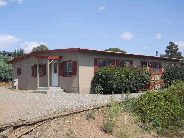 10294 E Buckskin Drive, Dewey-Humboldt, AZ 86327 (#1032532) :: Shelly Watne