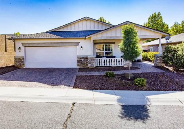 551 N Mercado Street, Dewey-Humboldt, AZ 86327 (#1032735) :: West USA Realty of Prescott