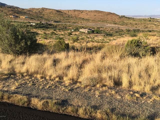 12331 S Caballo Terrace, Mayer, AZ 86333 (#1032748) :: Prescott Premier Homes | Coldwell Banker Global Luxury