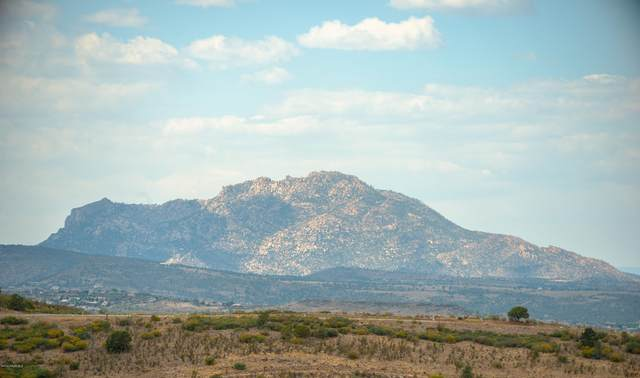 942 Rough Diamond Drive, Prescott, AZ 86301 (MLS #1032971) :: Conway Real Estate