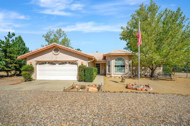 2001 Val Vista Drive, Chino Valley, AZ 86323 (#1033133) :: Shelly Watne