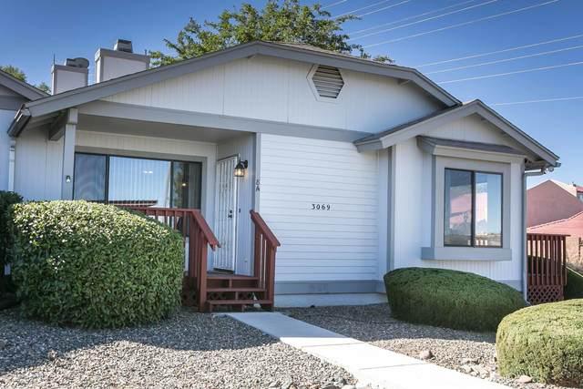 3069 Peaks View Lane 8A, Prescott, AZ 86301 (#1033432) :: Shelly Watne