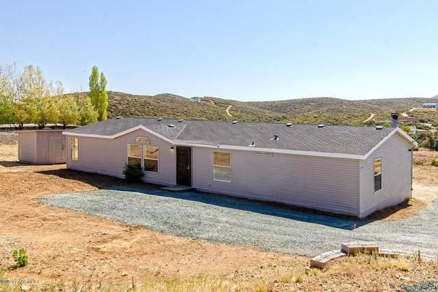 11215 Henderson Road, Dewey-Humboldt, AZ 86327 (MLS #1033565) :: Conway Real Estate