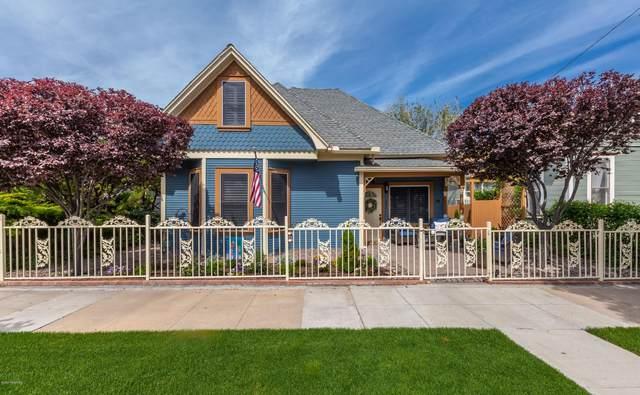 132 N Pleasant Street, Prescott, AZ 86301 (#1033670) :: Shelly Watne