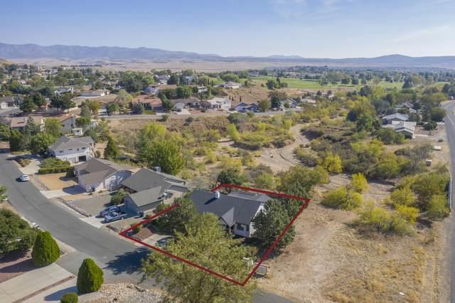 10901 E Roundup Drive, Dewey-Humboldt, AZ 86327 (#1033780) :: Shelly Watne