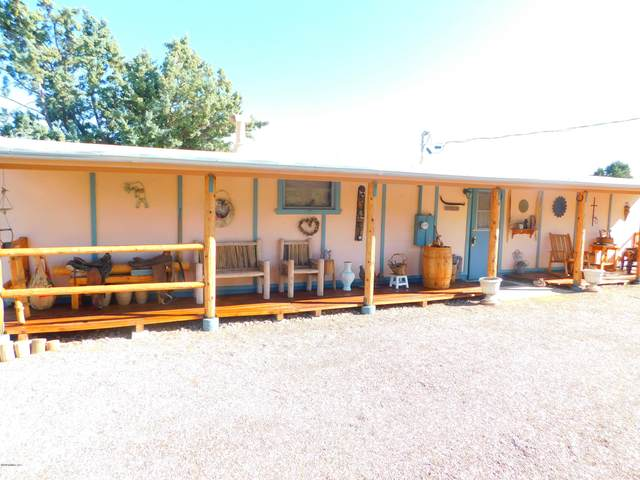 18288 Henry Coe Road, Peeples Valley, AZ 86332 (#1033831) :: Shelly Watne