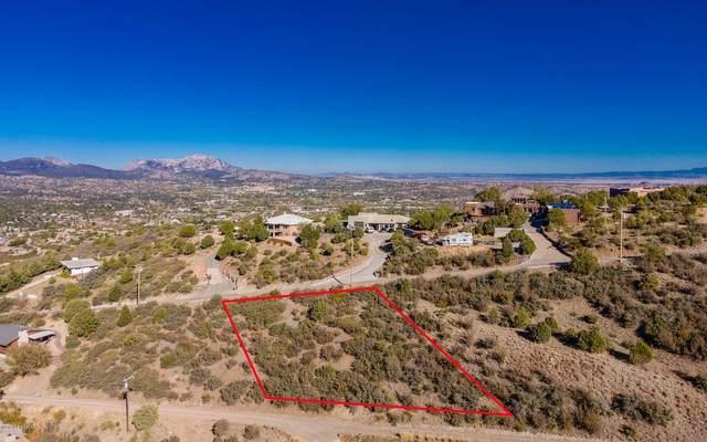 715 E Sky Terrace Drive, Prescott, AZ 86303 (#1034086) :: Shelly Watne
