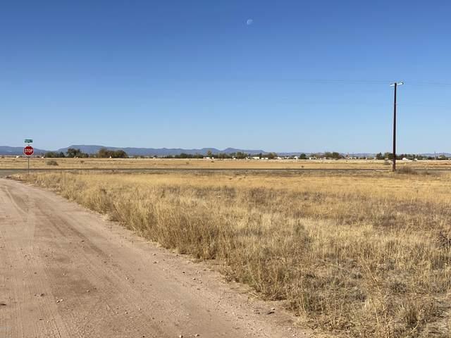 478 W Grand Canyon Road, Paulden, AZ 86334 (MLS #1034174) :: Conway Real Estate