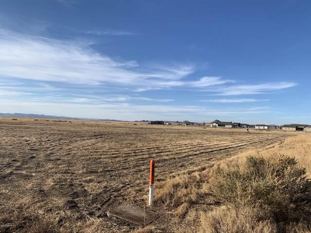 9160 E Rustic Mountain Road, Prescott Valley, AZ 86315 (#1034256) :: Shelly Watne