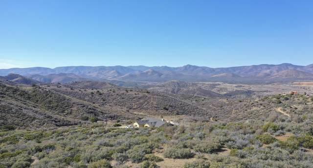 3353 S Rancho Place, Dewey-Humboldt, AZ 86327 (#1034322) :: Prescott Premier Homes | Coldwell Banker Global Luxury
