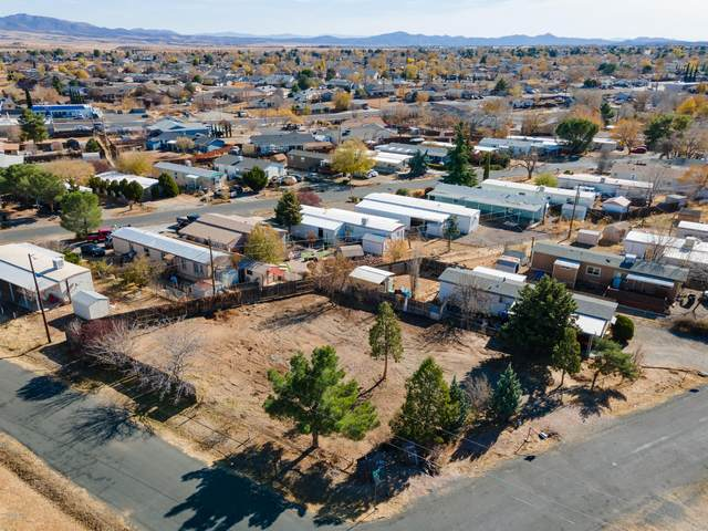 3881 N Joan Court, Prescott Valley, AZ 86314 (#1034505) :: Gurley Street Realty