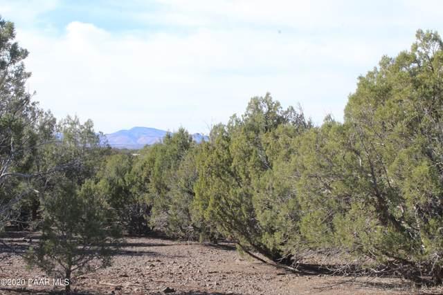 Tbd Antelope Trail, Seligman, AZ 86337 (#1034797) :: Prescott Premier Homes | Coldwell Banker Global Luxury
