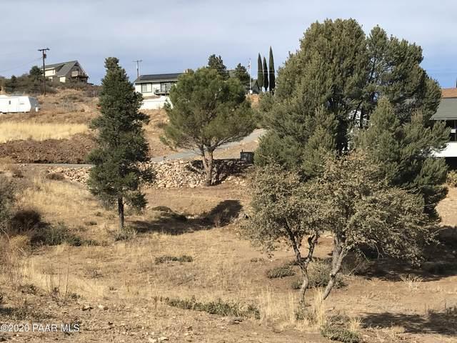 18339 Spoon Road, Peeples Valley, AZ 86332 (#1035035) :: Prescott Premier Homes   Coldwell Banker Global Luxury