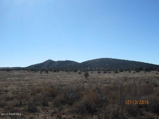 21240 N Ridgeview Road, Paulden, AZ 86334 (#1035122) :: Prescott Premier Homes   Coldwell Banker Global Luxury