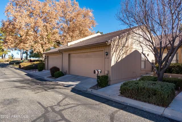 2160 Clubhouse Drive, Prescott, AZ 86301 (#1035282) :: Shelly Watne