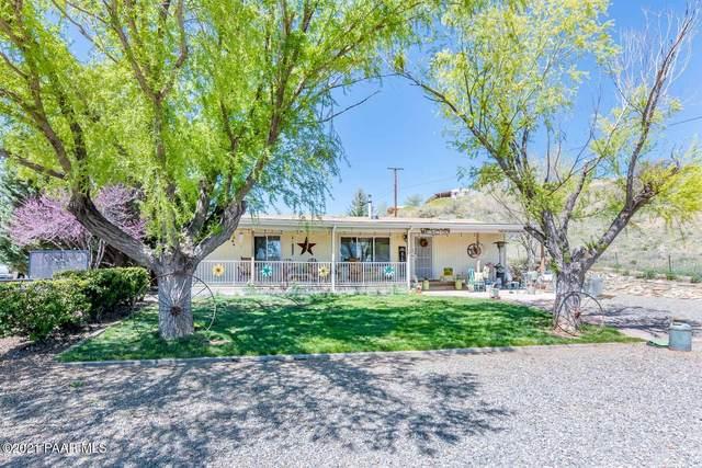240 S Pony Place, Dewey-Humboldt, AZ 86327 (#1035397) :: Prescott Premier Homes | Coldwell Banker Global Luxury