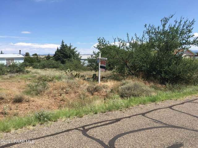 20226 E Quail Run Drive, Mayer, AZ 86333 (#1035477) :: Shelly Watne
