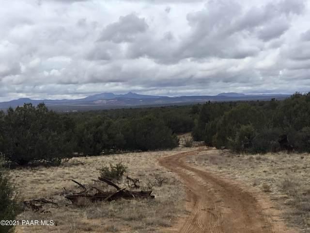 5986 N Forest Line Road, Ash Fork, AZ 86320 (#1035584) :: Prescott Premier Homes | Coldwell Banker Global Luxury