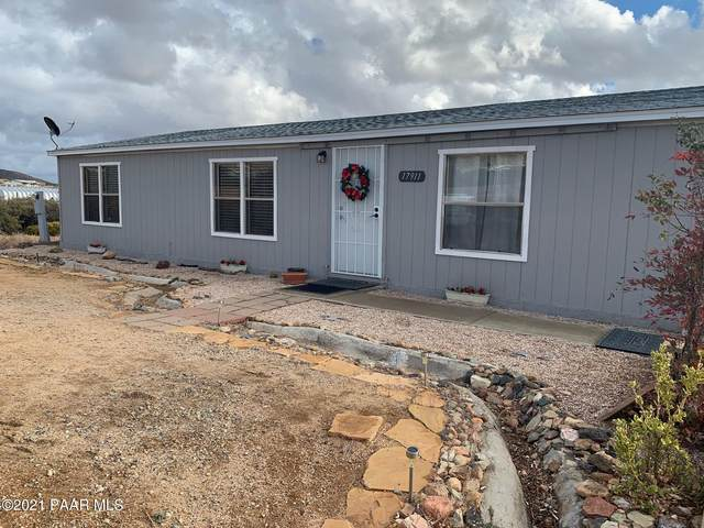 17911 E Quiet Valley Drive, Dewey-Humboldt, AZ 86327 (#1035592) :: Shelly Watne