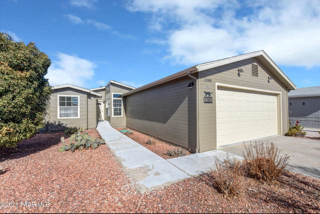 12080 E Pepper Tree Way, Dewey-Humboldt, AZ 86327 (#1035613) :: Shelly Watne