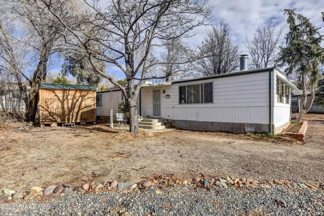 10080 Buckskin Drive, Dewey-Humboldt, AZ 86327 (#1035802) :: Shelly Watne