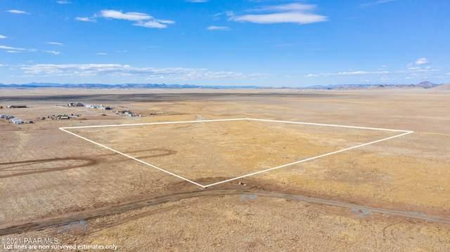 000 N Antelope Meadows Drive, Prescott Valley, AZ 86315 (MLS #1036001) :: Conway Real Estate