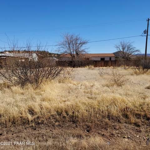 16081 S Papago Drive, Mayer, AZ 86333 (#1036261) :: Shelly Watne
