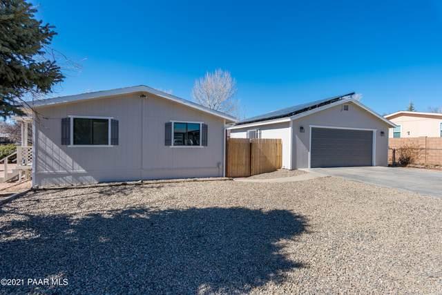 6151 N Union Drive, Prescott Valley, AZ 86314 (#1036307) :: Shelly Watne